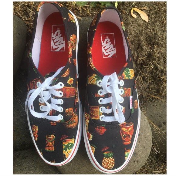 8d7d5c6201 Vans Shoes - VANS Unisex Hoffman Skate Shoes - Size  W9 M7.5